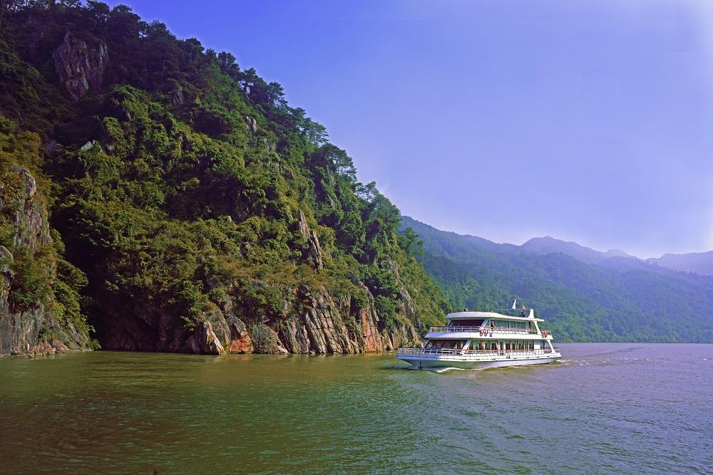 Zhenyang Gorge Cultural Tourism Resort