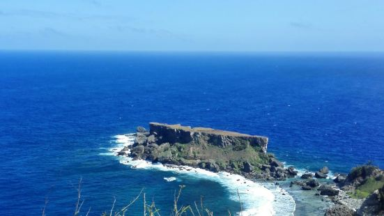 禁断岛是塞班岛一个比较有名的景点,来到这里最后参团,如果自己