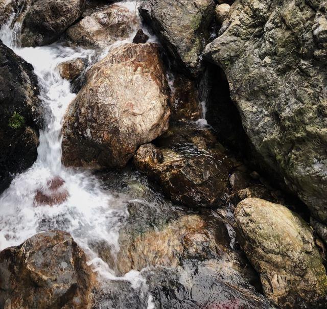 Baishui (White Water) Cave Scenic Area
