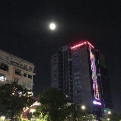 Nguyen Hue Street User Photo