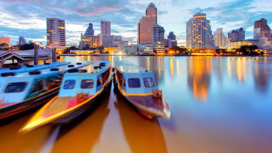 River City Pier