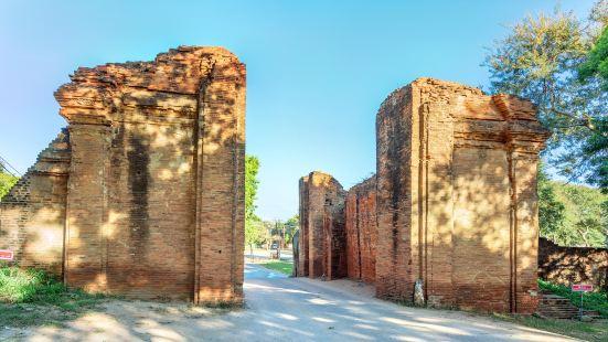 Tharabha Gate