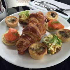 Lava Dining User Photo