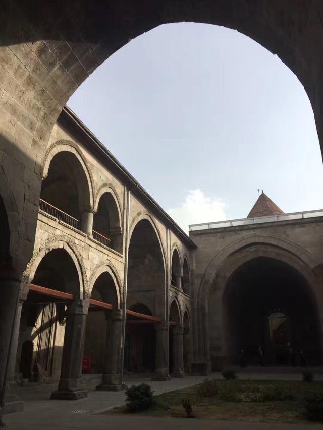 雙塔神學院
