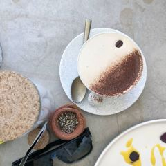 Rabbit Hole Bar & Dining User Photo