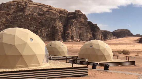 月亮谷Wadi Rum 如果说冰岛是火星,那么瓦迪拉姆一定是