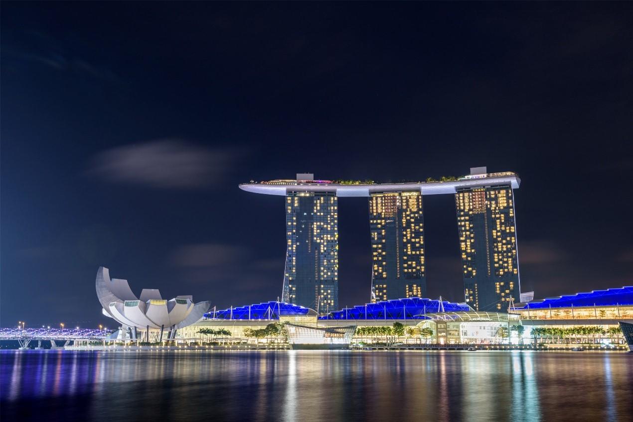 新加坡,東南亞最小的國家,靠美食和陽光取勝