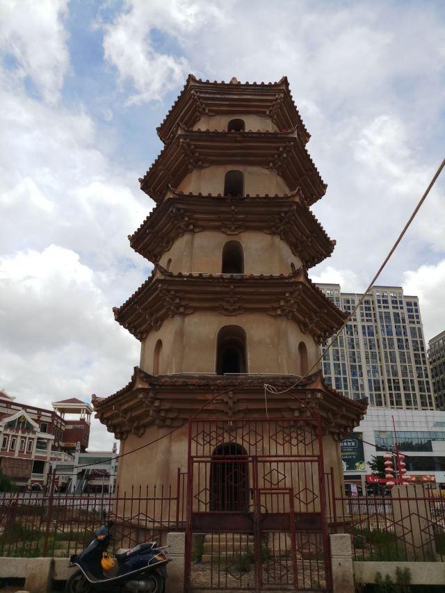 안하이바이탑