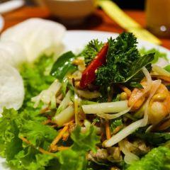 Nha Hang Yen's Restaurant User Photo