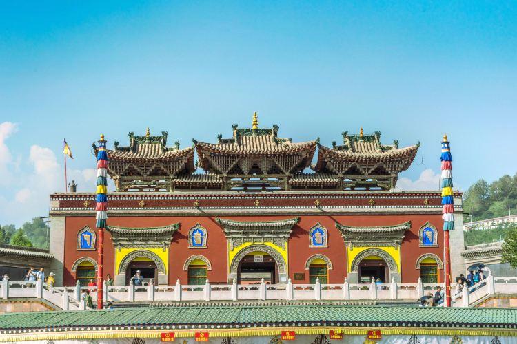 Monastère Palkhor et Stupa de Kumbum : guide touristique - incontournables à - Monastère Palkhor et Stupa de Kumbum : activités à proximité - Trip.com