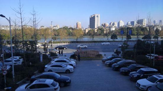 Tiesha River