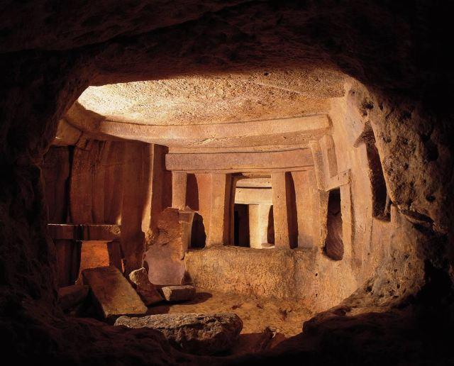 ハル・サフリエニの地下墳墓