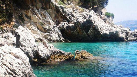 Agios Stefanos海灘