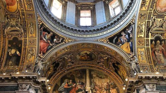 聖山聖母堂