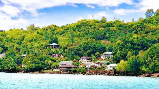 花岗岩的美景岛屿-科科斯海湾去过很多很多海湾和海滩,一般都是
