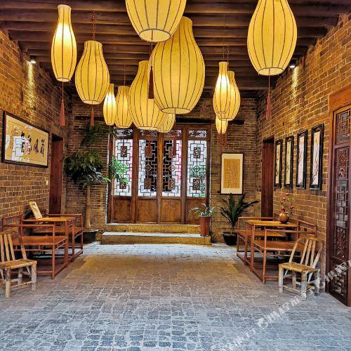 Huangyao Ancient Town Shengzhifu Hotel