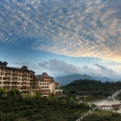 Freely Hover Xiangwo Hotel