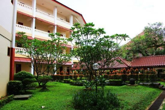 Wisma Makara Universitas Indonesia Hotel Reviews For 3 Star Hotels In Jakarta Trip Com
