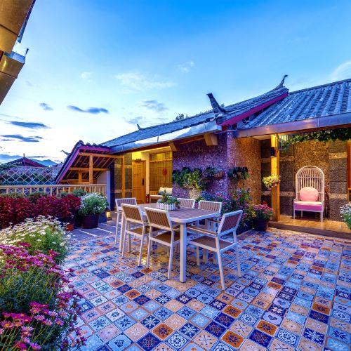 Honghua Huiguan Inn (Lijiang Naxi Fengqing)
