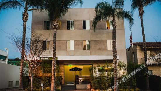 Sirtaj - Beverly Hills