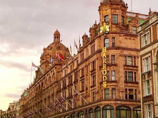220119000001625mo3257 R 550 412 R5 Q70 D - Millennium Gloucester Hotel London Kensington Harrington Gardens London