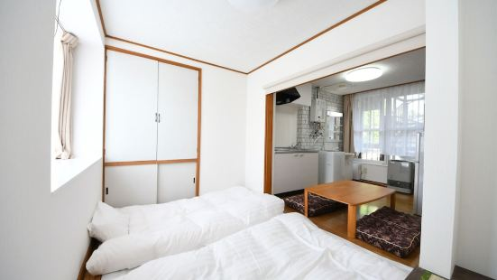 Tanifuji B Room