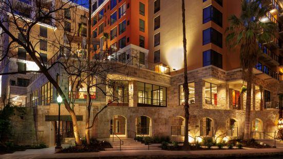 Home2 Suites by Hilton San Antonio Riverwalk, TX