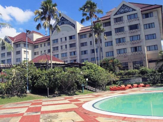Le Grandeur Hotel Balikpapan Reviews For 3 Star Hotels In Balikpapan Trip Com