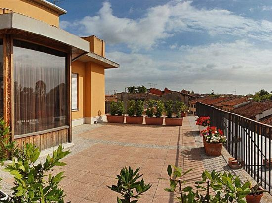 Hotels Near Azienda Ospedaliero Universitaria Pisana Stabilimento Di Santa Chiara In Pisa 2021 Hotels Trip Com
