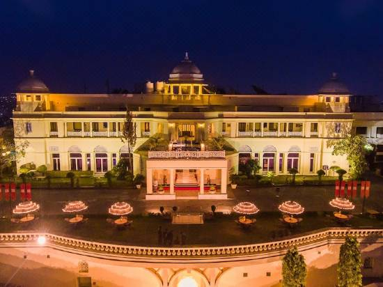 Laxmi-Vilas-Palace-Hotel-In-Rajasthan