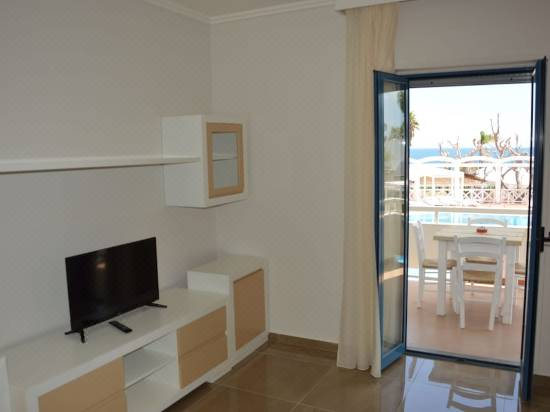 Hotel Residence La Corvetta Reviews For Star Hotels In Capitolo Trip Com