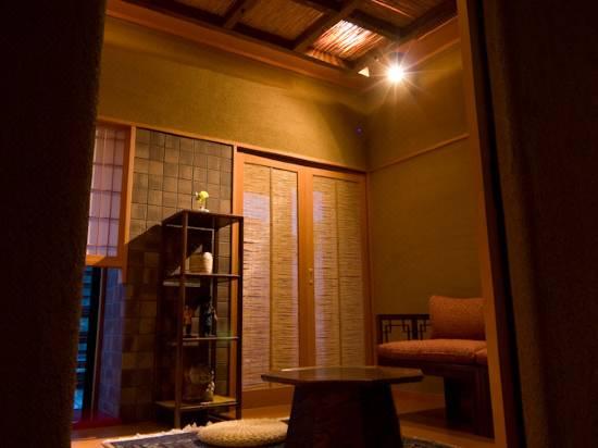 あそび 下呂 観光 湯 ホテル 本館 の 宿