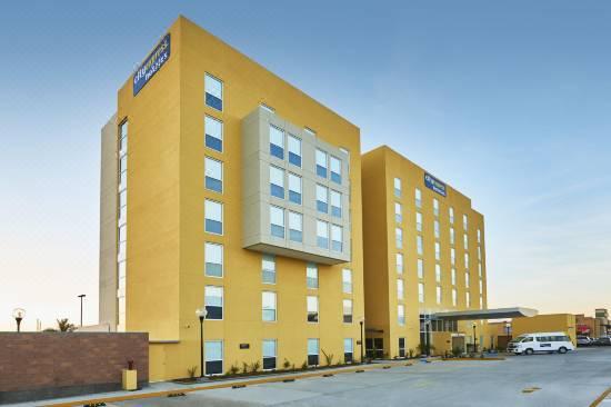 Hotel City Express Ensenada