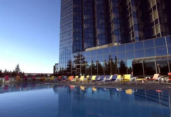 Casino harveys hotel polly and roger casino slots game
