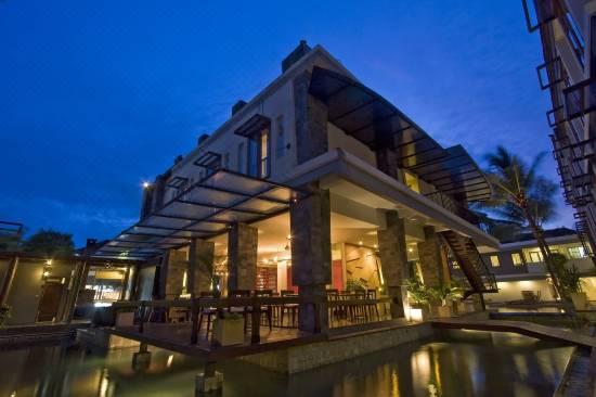 Casa Padma Suites Legian Bali Reviews For 3 Star Hotels In Bali Trip Com