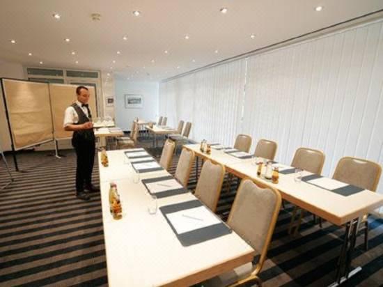 Dorint Sporthotel Garmisch Partenkirchen Reviews For Star Hotels In Garmisch Partenkirchen Trip Com