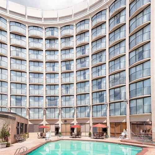 鹽湖城紅獅酒店