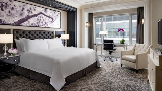 The St. Regis Toronto