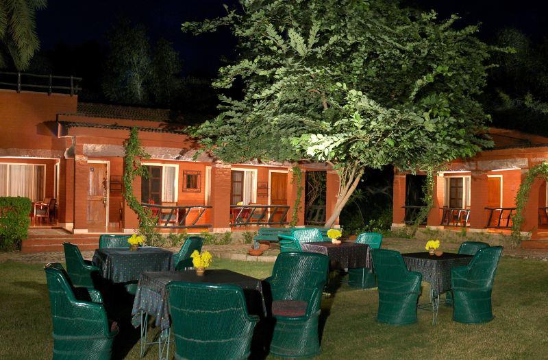 Maharani-Bagh-Orchard-Retreat-Palace-Hotel-In-Rajasthan