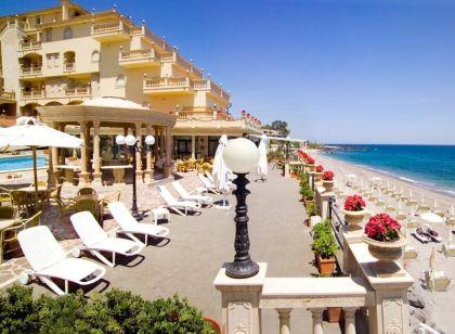 hotels giardini naxos sicily