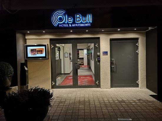 Øvre Ole Bulls Plass 5