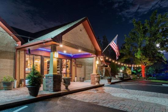 Inn Of The Dove Romantic Suites With Jacuzzi Fireplace Reviews For 3 Star Hotels In Bensalem Trip Com
