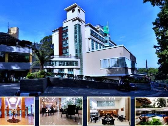 Grand Royal Denai Hotel Reviews For 4 Star Hotels In Bukittinggi Trip Com