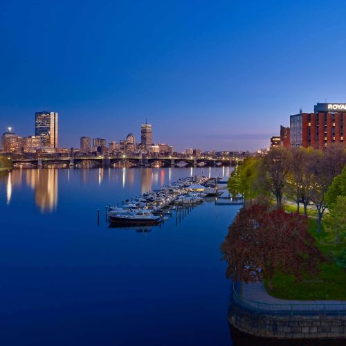 波士頓皇家索尼斯塔酒店