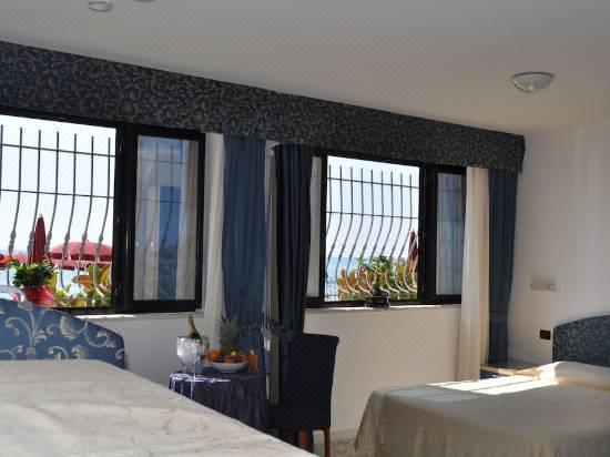 Grand Hotel La Playa Room Reviews Photos Sperlonga 2021 Deals Price Trip Com