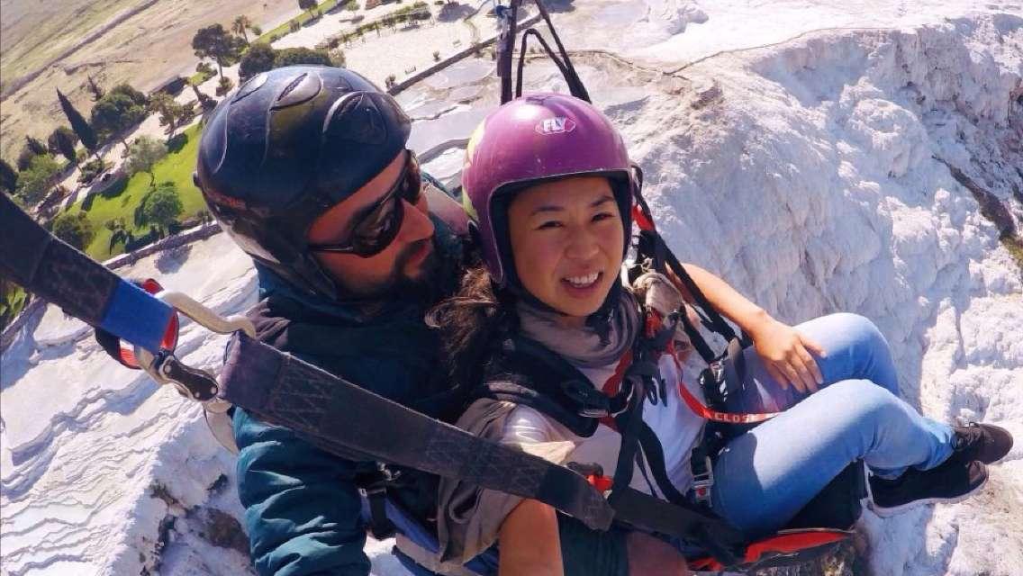土耳其棉花堡滑翔傘體驗(含酒店接送+安全體驗+可選GoPro拍攝+高空觀賞世界自然遺產)