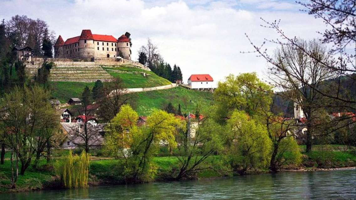 Following in the Footsteps of the First Lady of USA from Bled