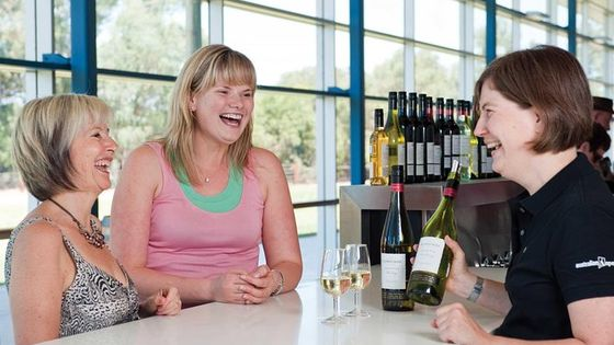Barossa and Hahndorf Day Trip from Adelaide Including Wine Tasting and Lunch