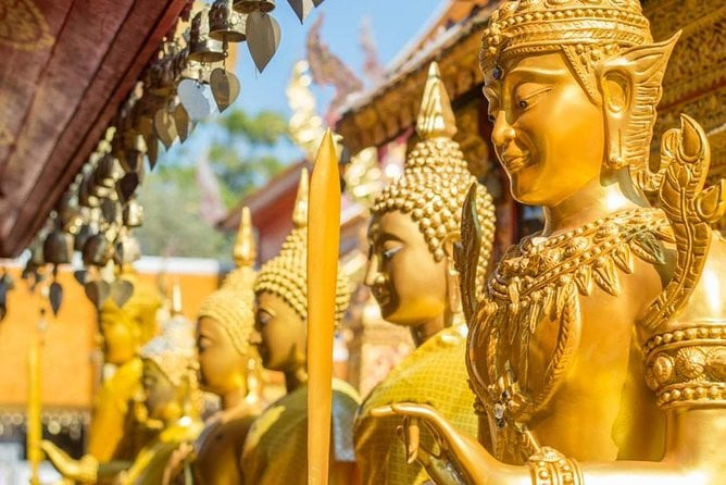 Bangkok Temple, City and Gems Gallery Tour