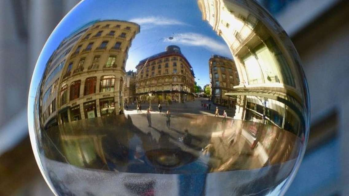 Self-guided Discovery Walk in Geneva's Old Town: myths & legends